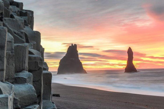 """La costa sur de Islandia desde Reykjavík<h5 style=""""font-size: 17px; line-height: 2.1rem; background-color: #697FA9; color: #ffffff; display: inline-block;""""> Audioguía en español </h5></br> </h5> </h5> <h5 style=""""font-size: 17px; line-height: 2.1rem; background-color: #F76D60; color: #ffffff; display: inline-block;""""> desde 79€ </h5></br>"""