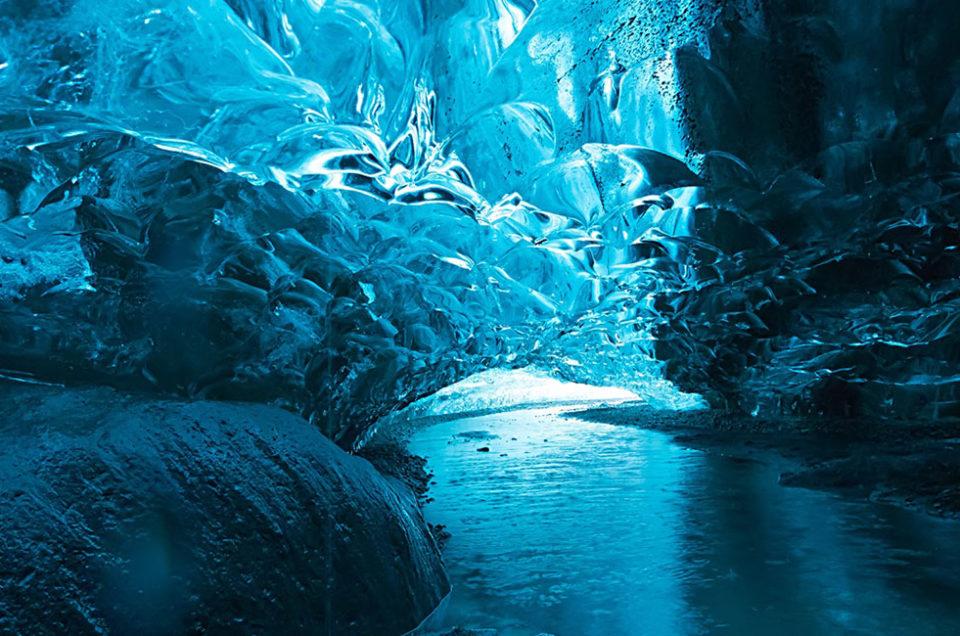 Espectacular Cueva de hielo en Islandia