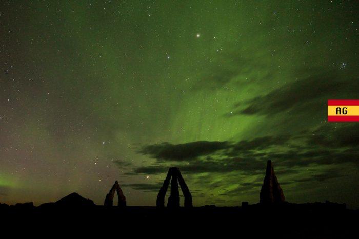 """Esenciales de Islandia desde Reykjavík<h5 style=""""font-size: 17px; line-height: 2.1rem; background-color: #ffffff; color: #ff0000; display: inline-block;"""">Desde 1140€</h5></br>"""