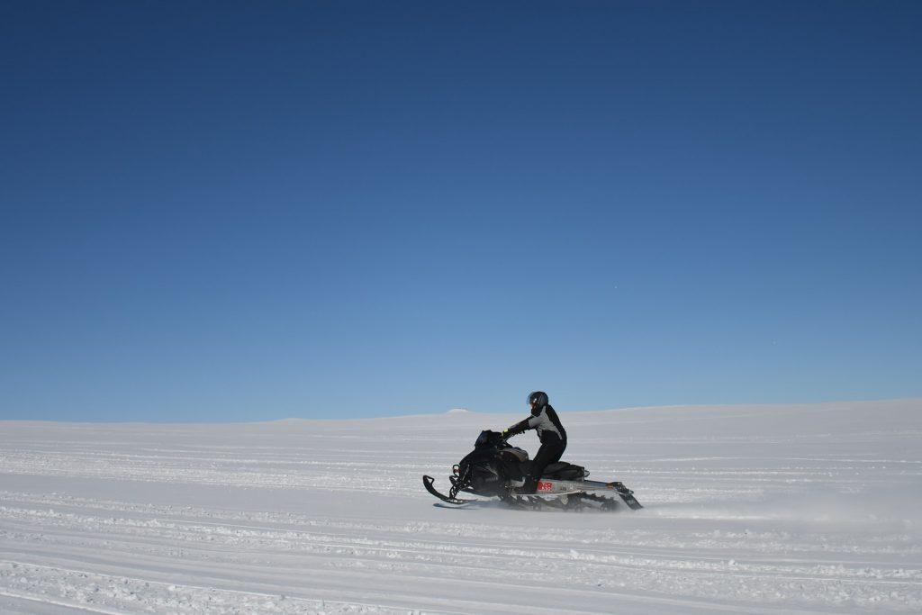 Hacer turismo en Islandia también es sinónimo de aventura