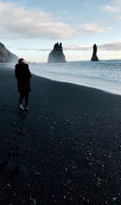 Los espacios abiertos son ideales para viajar a Islandia con la Cuarentena